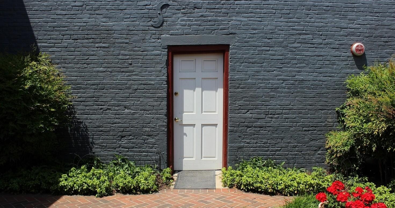 asgt-lobby-door